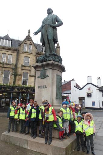 Year 1 visiting the Robert Peel Monument.