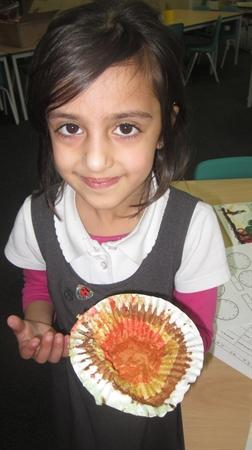Labaika found a fab pattern when she ate her cake.