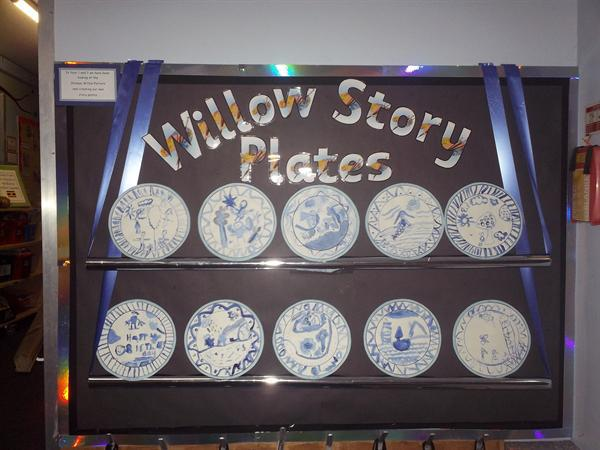 Willow pattern plates