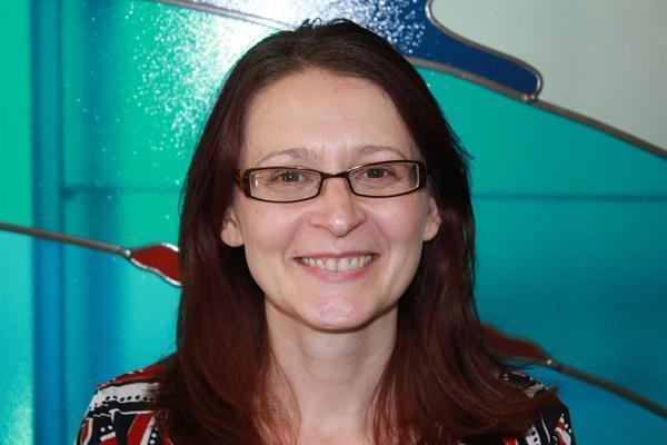Mrs R Cowen: Acting  Assistant Headteacher) Teacher Year 2