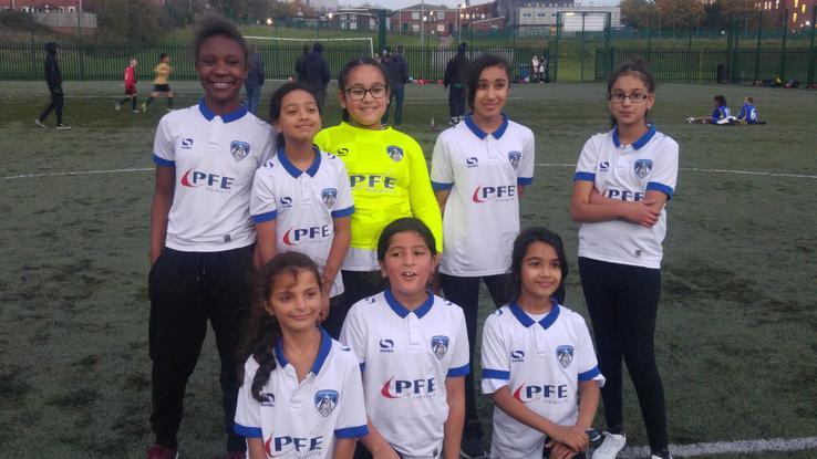 Y5/6 Girl's Football Team