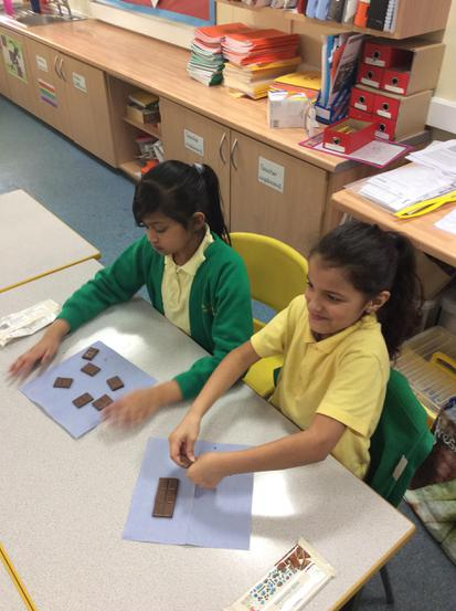 Equivalent fractions with chocolate