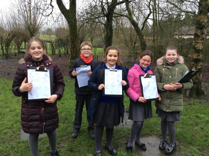 Y5 took part in a winter 'nature scavenger hunt'