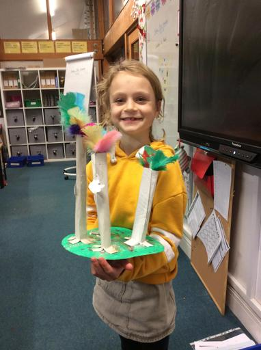 This is Evie's super feathered rainforest, with animals included.