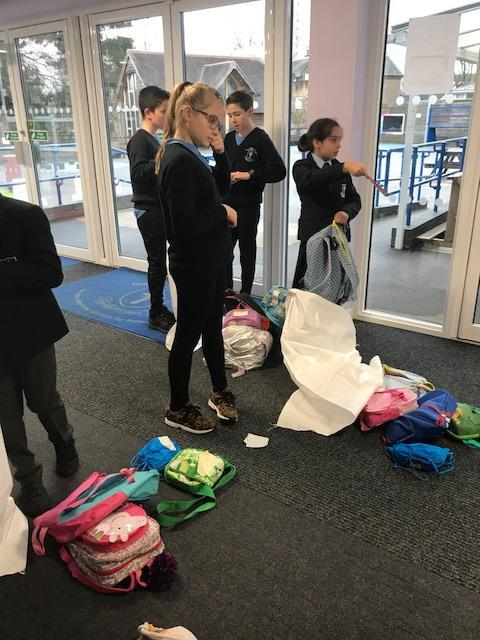Minnie Vinnie team 'bagging up' the Backpacks