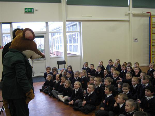 Mr Mouse visits the Infant Assembly