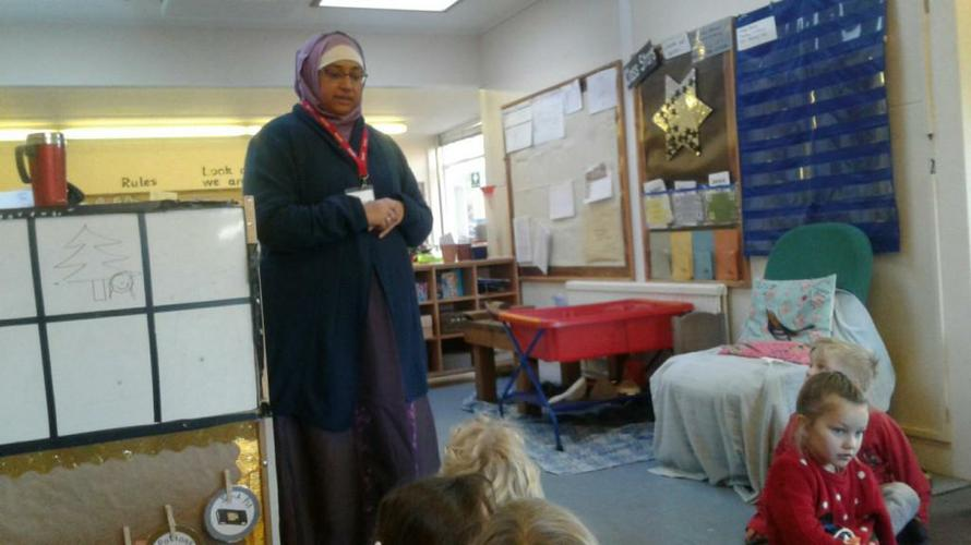 Tahir's mummy discussing Islam