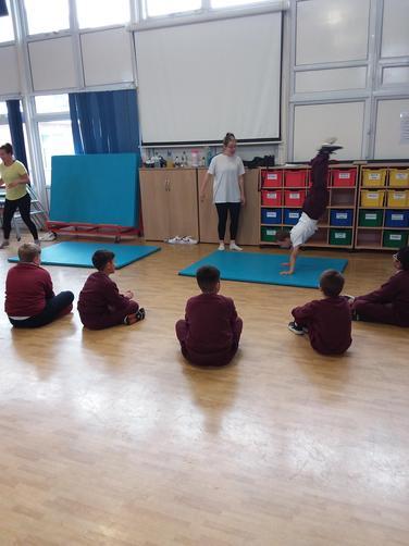 We had took part in an amazing gymnastics workshop!