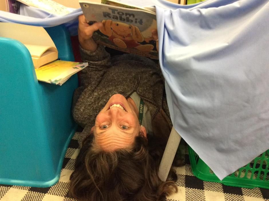 Ms Shaw's favourite den came with a library!