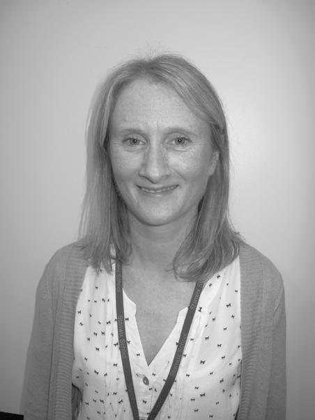 Miss R Helm    Year 6 Teacher