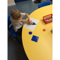 Using shapes to make pictures