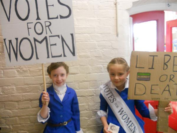 Suffragettes at Staples Road!