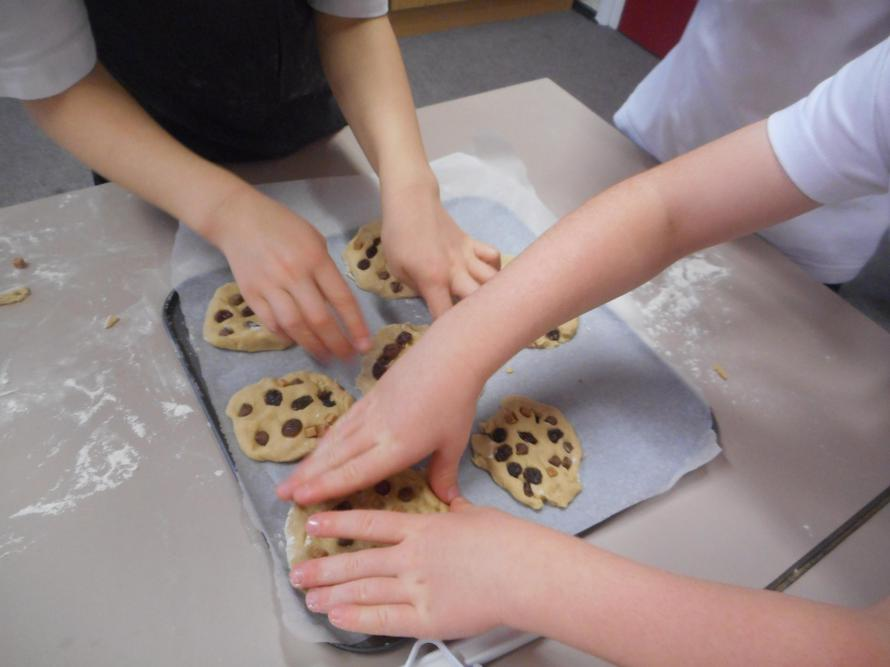 Making 'Plague' cookies on our History Wow Day!