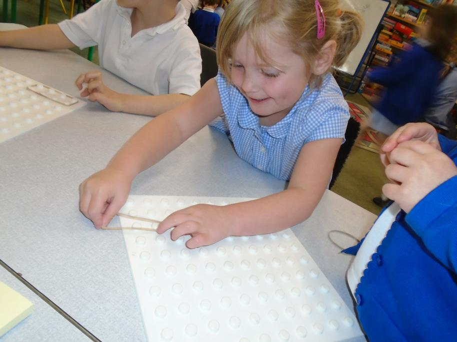 We have challenged ourselves to make 2d shapes.