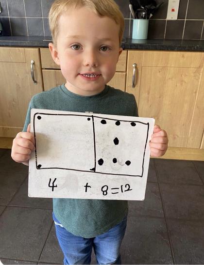 Domino  (2).jpg
