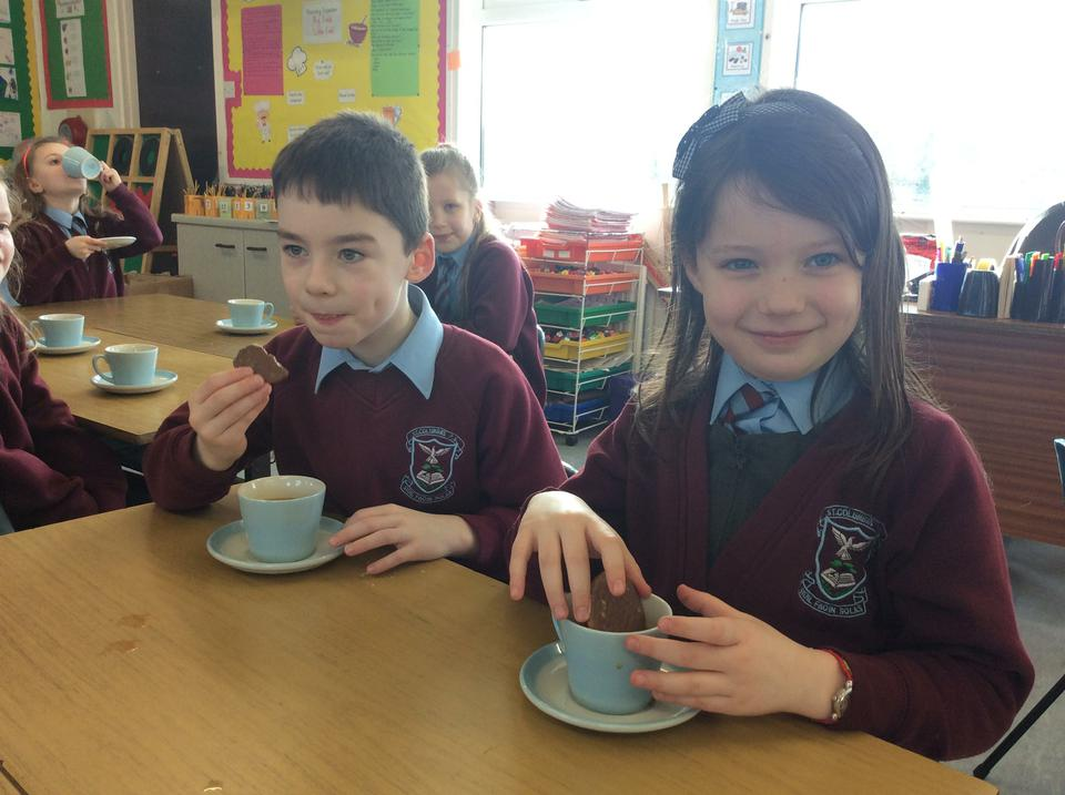 Tea party in Year 3!