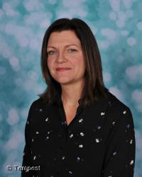 Mrs J Kennett - Head Teacher/ DSL