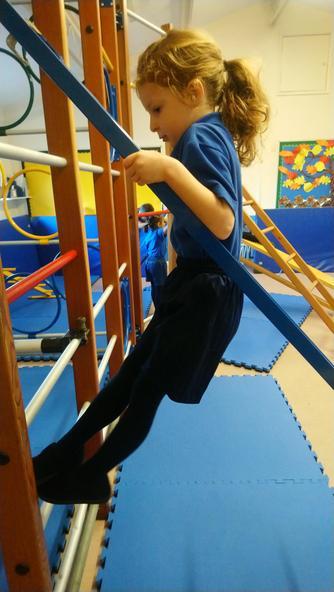 & Sofia climbs!
