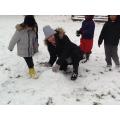 Mrs Crompton helping!