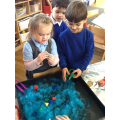 On a shape hunt in the slime!
