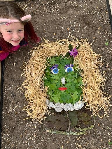 DH (Lynx) with her Andy Goldsworthy princess