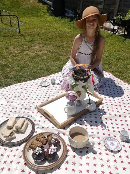 CR (Snow Leopard) enjoying a tea party in the sun