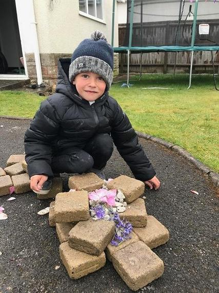 JP (Lynx) with his Andy Goldsworthy design