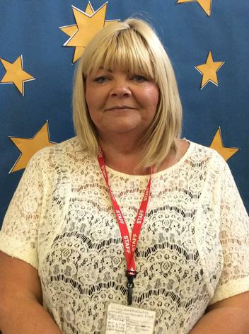 Mrs T. Readshaw.   Teaching & Learning Assistant