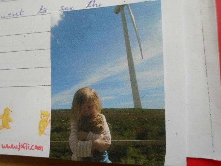 Jofli visiting the windmills.
