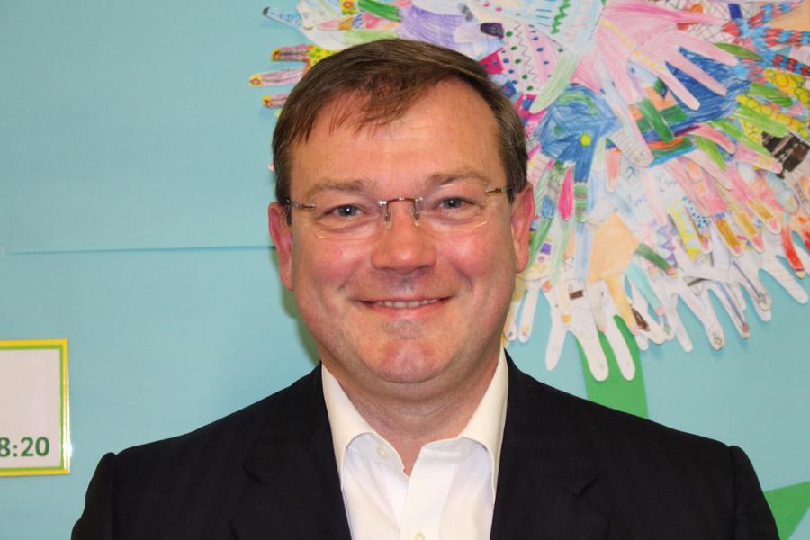 Robert Lee, Chair: Resources Committee