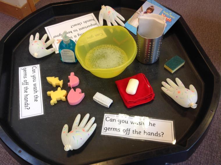 Hand washing tray