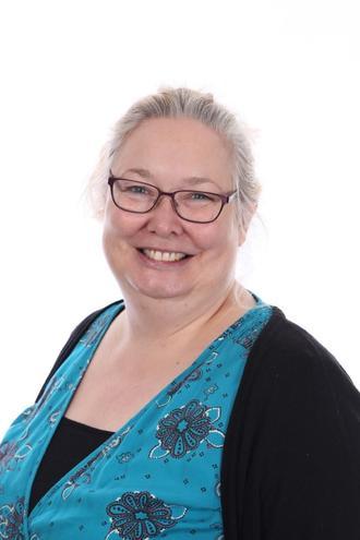 Mrs L Hurst, Nursery Nurse