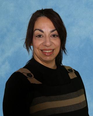 Ms Somaraki, Y3/4 Teaching Assistant