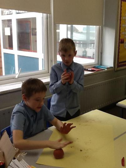 Children felt their materials' strength changing.