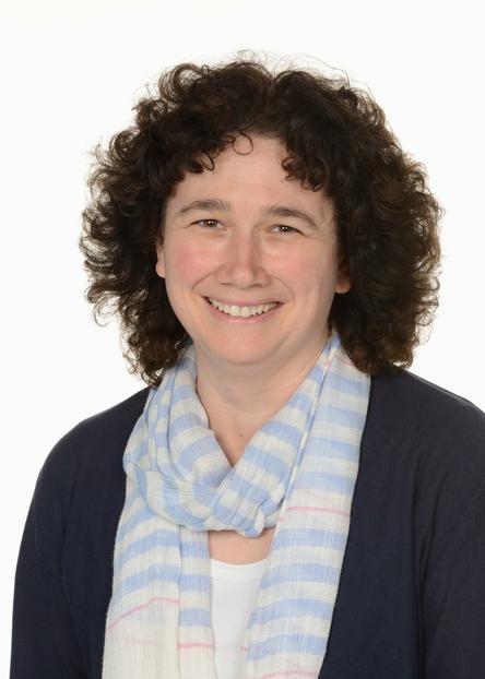Senior Teacher & Year 1/2- Mrs Nicola Smith (DDSL)