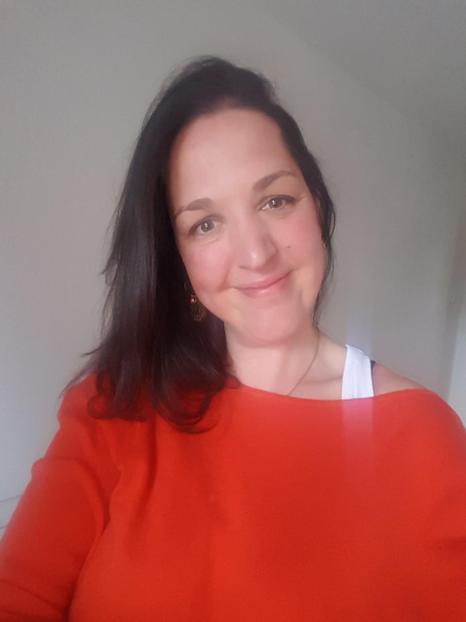 Mrs Vicky Smith  - Admin Assistant