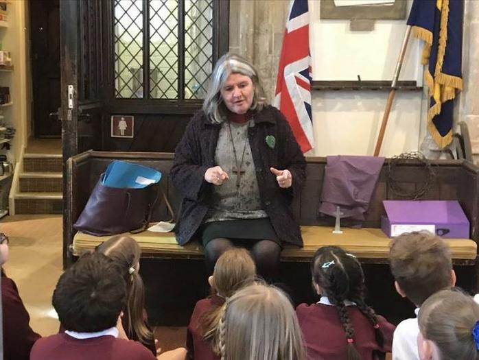 Y4 Experience Easter: Church Welcomes Bishop Ruth
