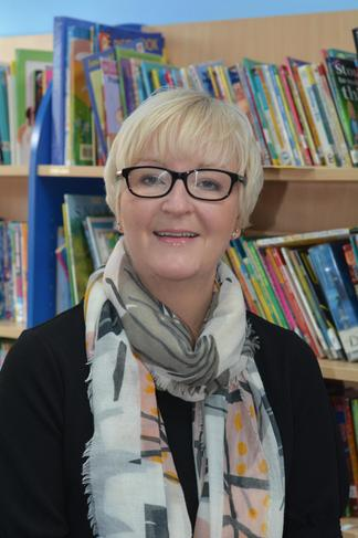 Mrs Hitchen - Deputy Headteacher/ Year 4 Teacher