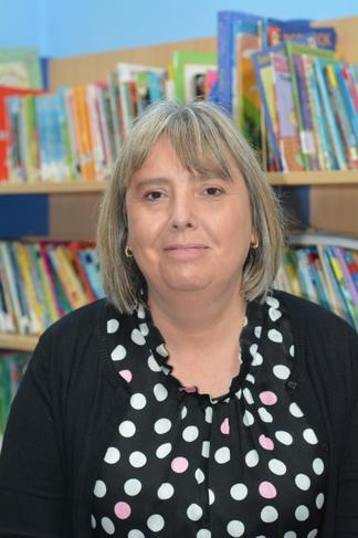 Mrs Davies - Year 1 Teaching Assistant