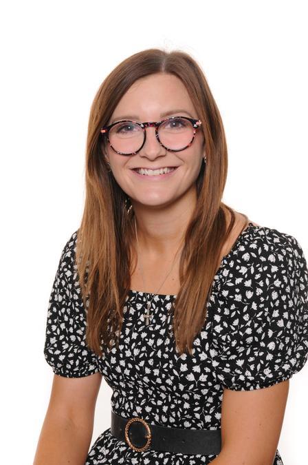 Miss Robins - Y3 Teacher