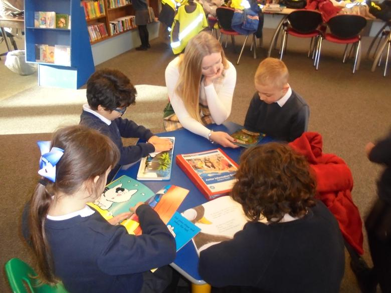Year 1 and 2 visit the Library