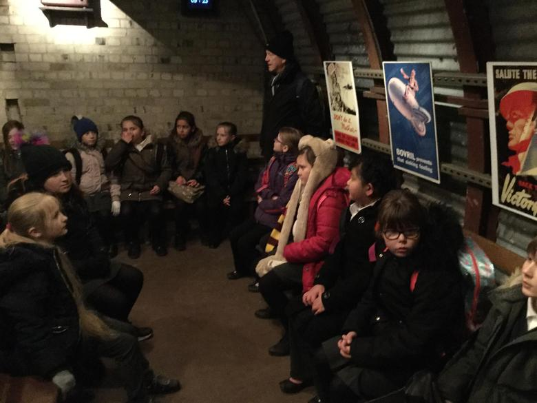 Y5+6 visit Dover Castle for the World at War Topic