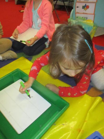 Parascheva chose a whiteboard and pen