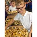 We made potatoe wedges.