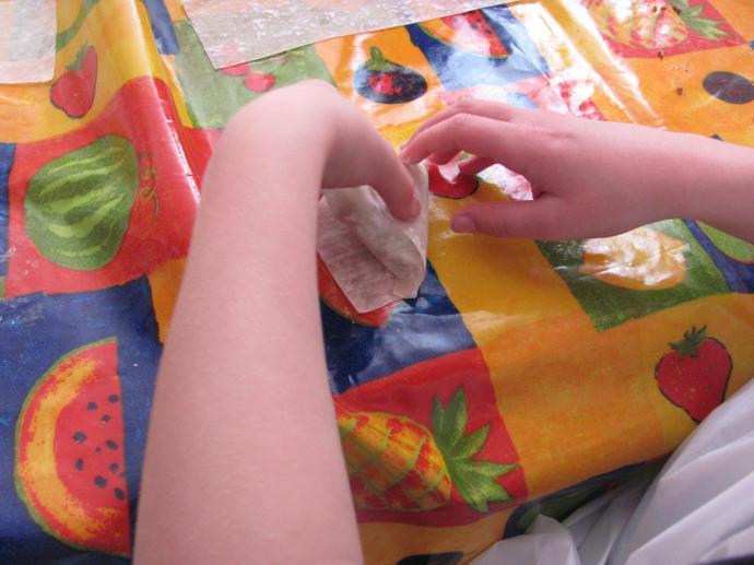 Sambuusa making