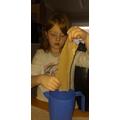 Preparing Papyrus paper for art