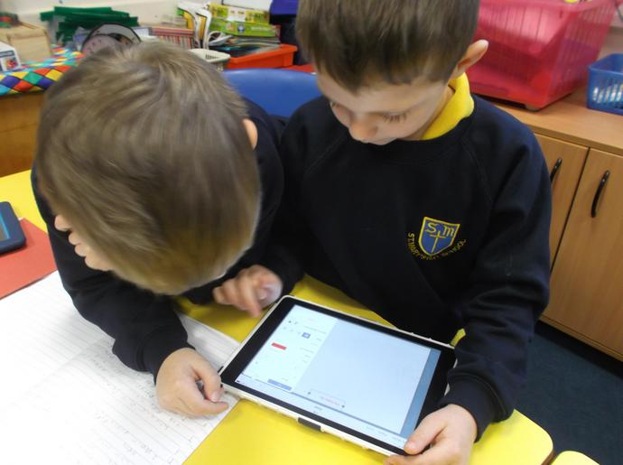 Writing their own e-books