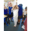 Learning about the mummification process