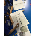 Distinguishing between past and present London in History