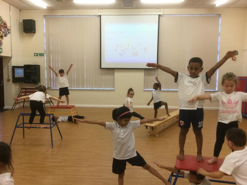 Gymnastic work on balances and shapes